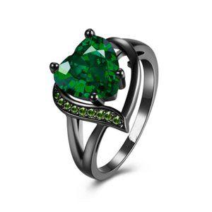 Women Ring Mystic Heart Shaped Green Fashion Emera